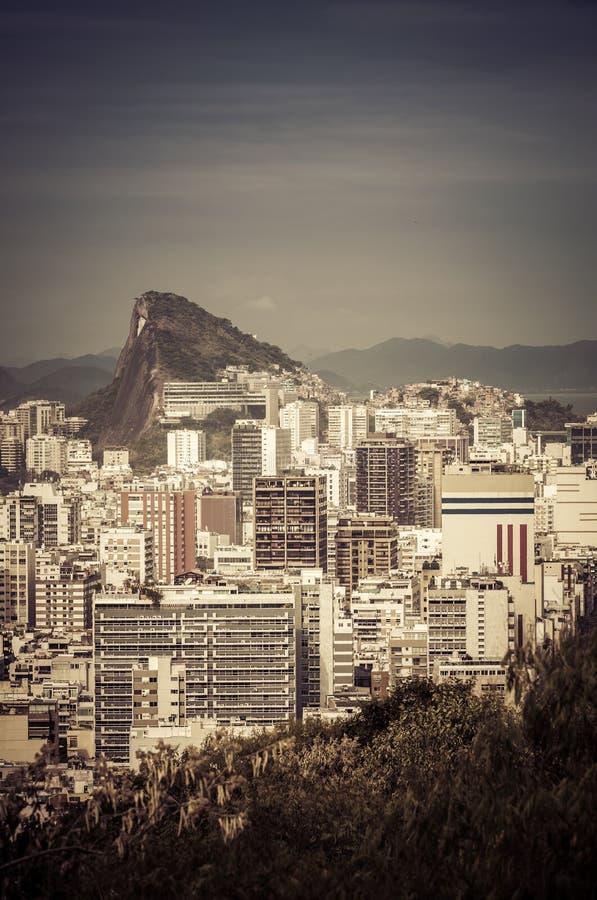 Download Рио-де-Жанейро, Бразилия стоковое изображение. изображение насчитывающей городск - 37928823