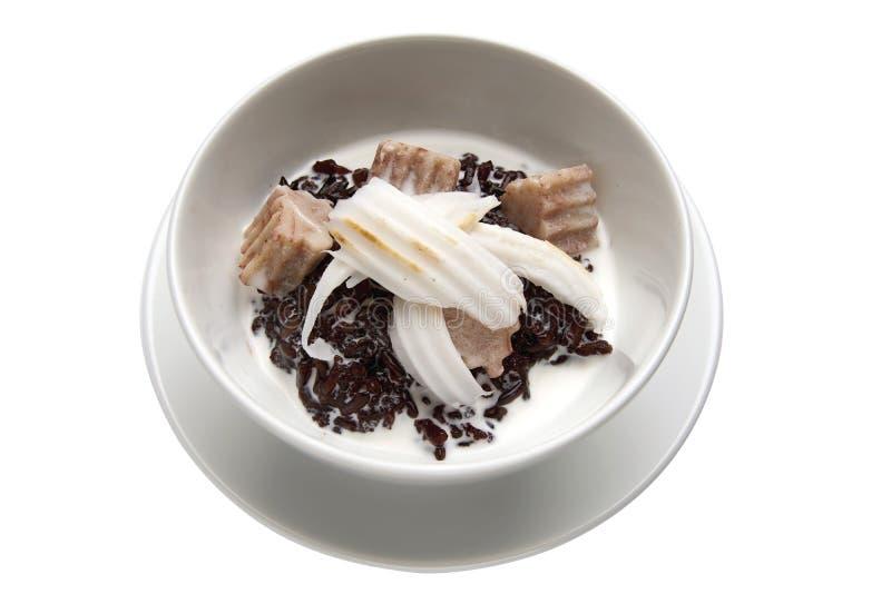 Рисовый пудинг тайской черноты десерта липкий с таро стоковая фотография rf