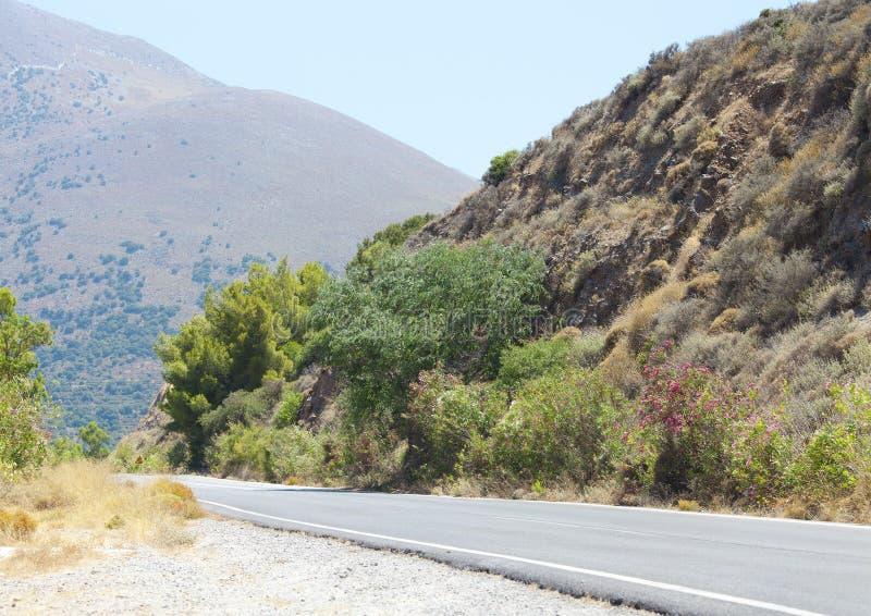 Рисуночный ландшафт дороги в лете. Крит стоковые изображения rf