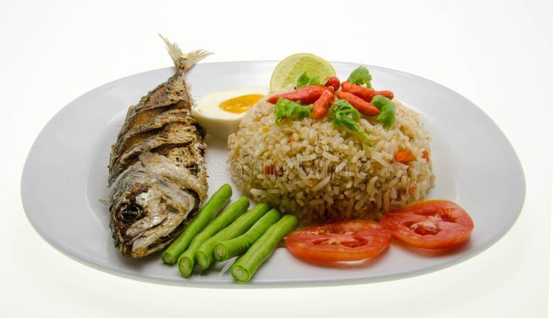 Рис смешал с затиром креветки, тайской едой стоковые фотографии rf