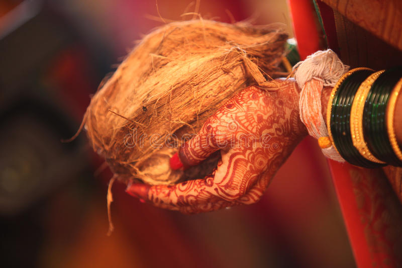 Ритуал свадьбы кокоса стоковое изображение rf