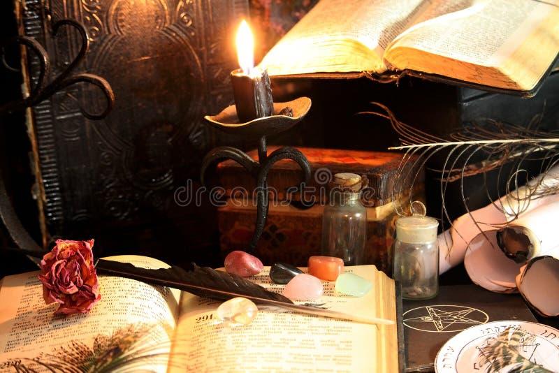 Ритуал черной магии стоковые изображения