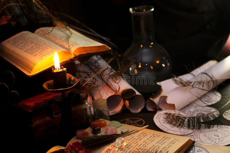 Ритуал черной магии стоковое изображение rf