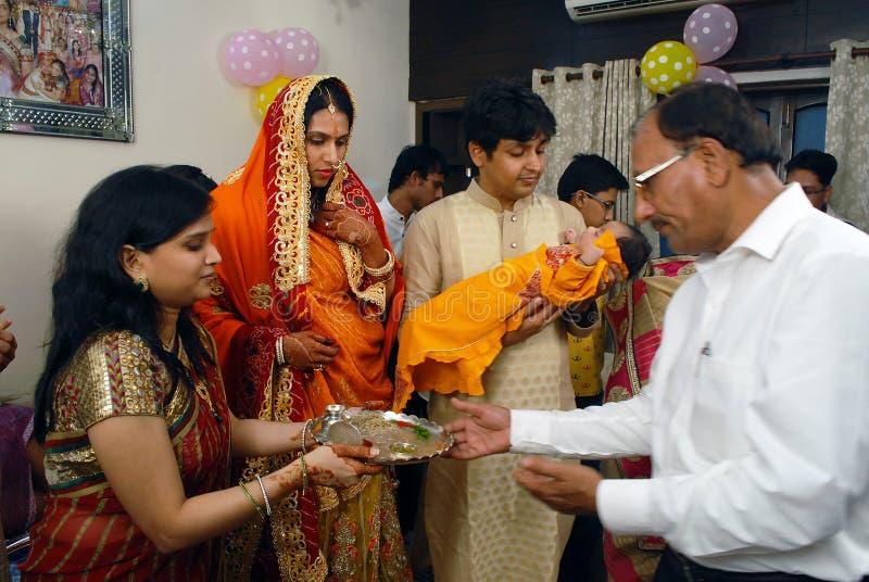 Ритуалы Annaprashana стоковое изображение rf