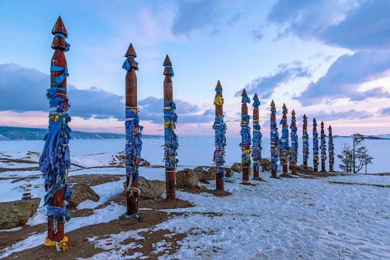 Ритуальные штендеры шамана на острове Olkhon стоковое изображение