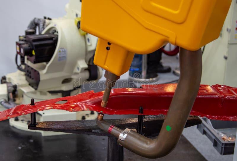 Робототехническая автоматизация заварки пятна стоковое изображение rf