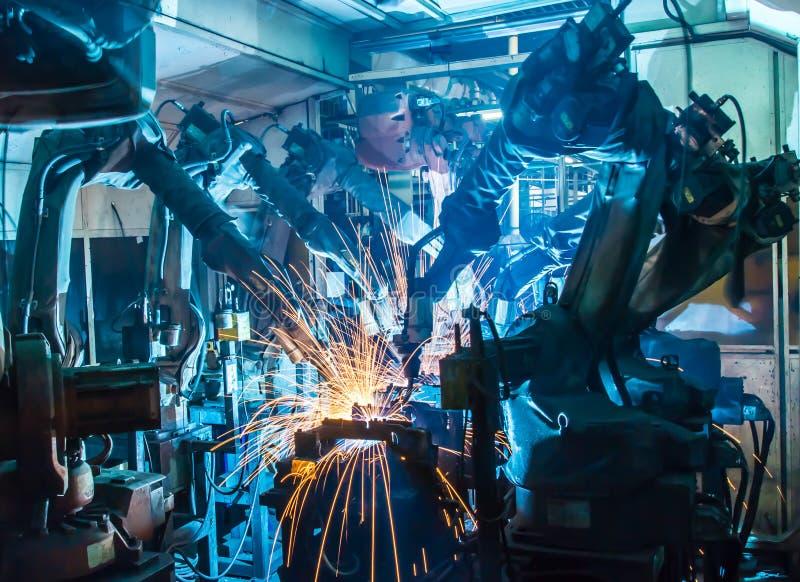Робот заварки команды стоковая фотография rf