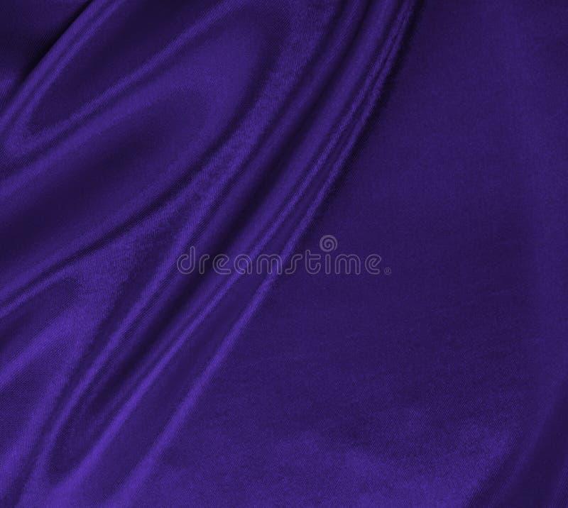 Ровная элегантная текстура ткани шелка или сатинировки сирени роскошная как абстрактная предпосылка Роскошный дизайн предпосылки стоковое фото