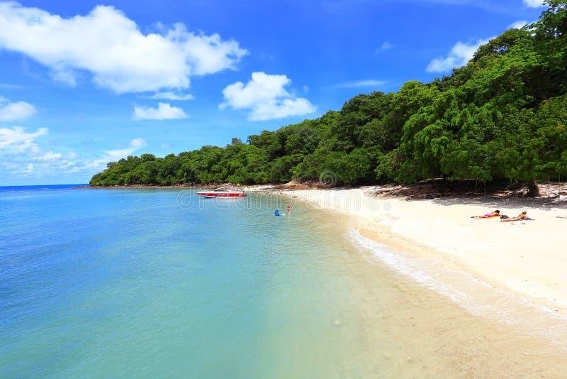 Ровный пляж стоковые изображения