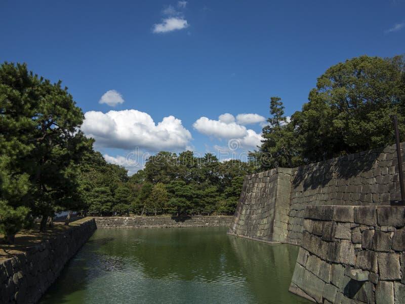 ров воды обороны замка Nijo-Джо стоковая фотография