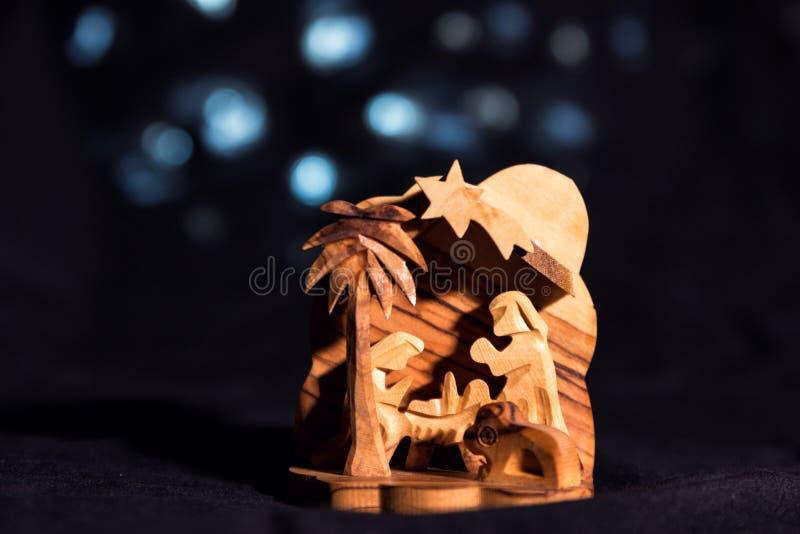 Рожденственская ночь в традиционном, культурном стиле, сделанном из древесины стоковые изображения rf