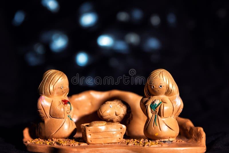 Рожденственская ночь в традиционном, культурном стиле сделанном из глины стоковые изображения rf
