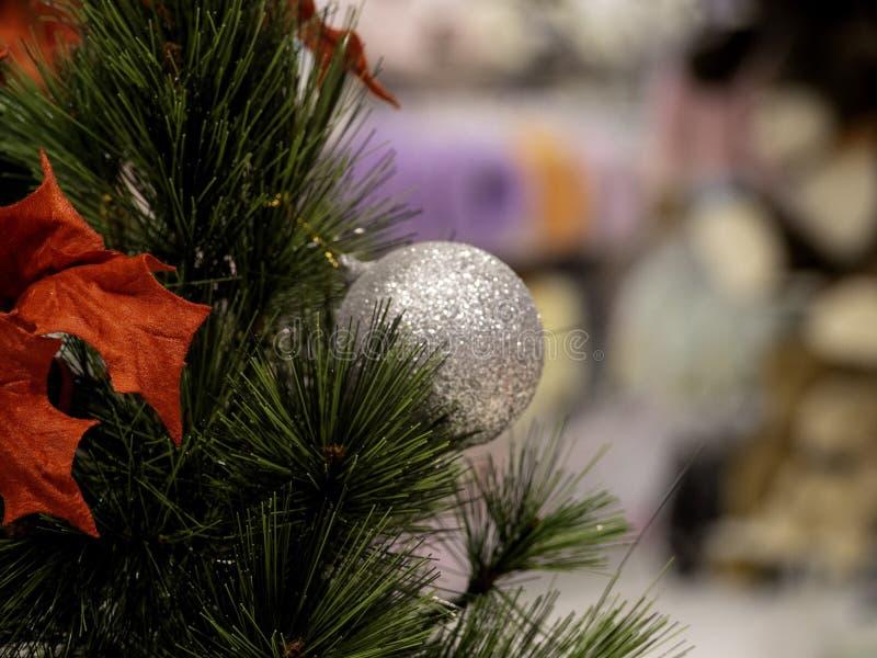 Рождественская елка в интерьере стоковое изображение rf