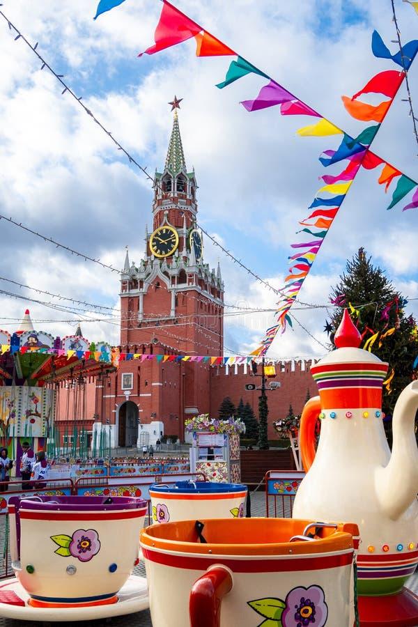 можно ли использовать фотографию кремля в рекламе фототехнике