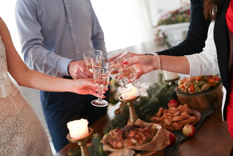 рождество украшает идеи обеда свежие домашние к стоковые изображения