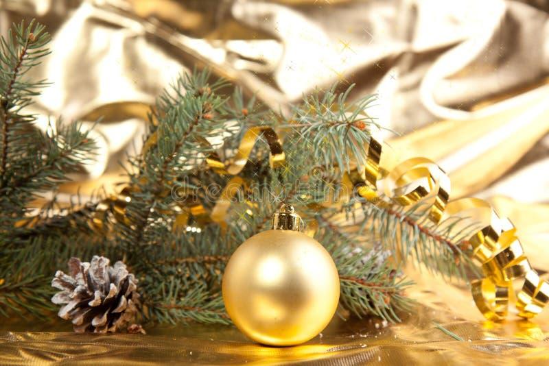 рождество шарика золотистое стоковые фото