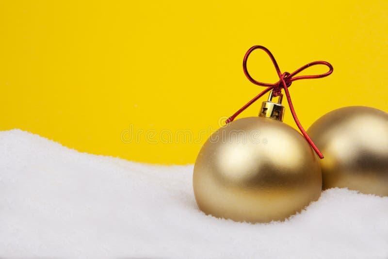 рождество шариков золотистое стоковая фотография