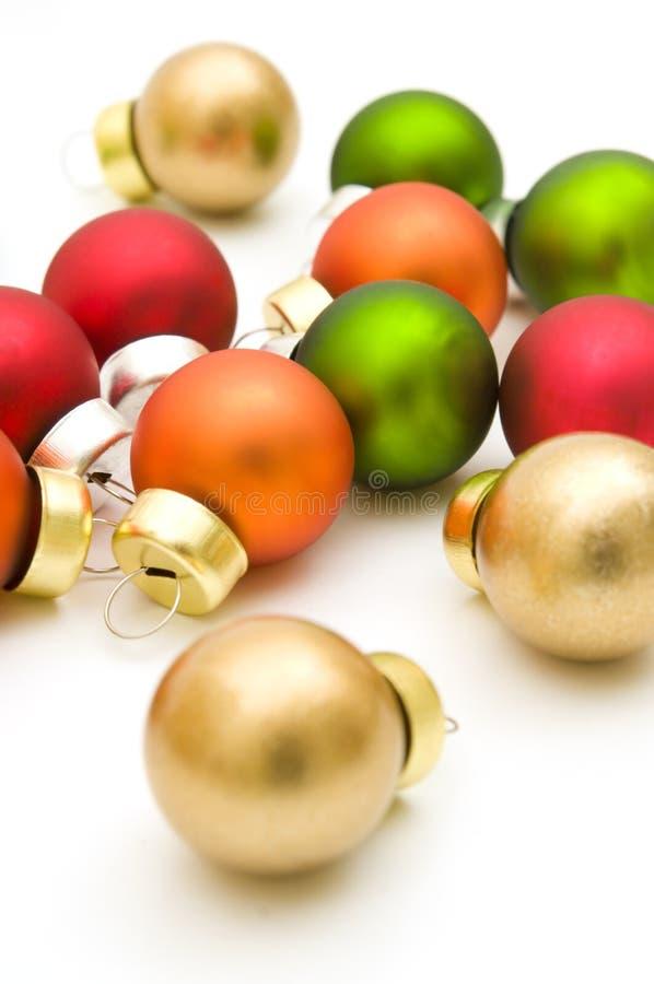 Download рождество шариков цветастое Стоковое Изображение - изображение насчитывающей висеть, красно: 6861527