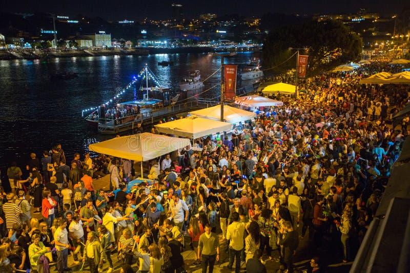 Рождение фестиваля Joao Sao участников StJohn праздник баптиста очень популярный стоковые фотографии rf