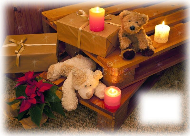 Рождественская открытка с медведями и свечами стоковые изображения