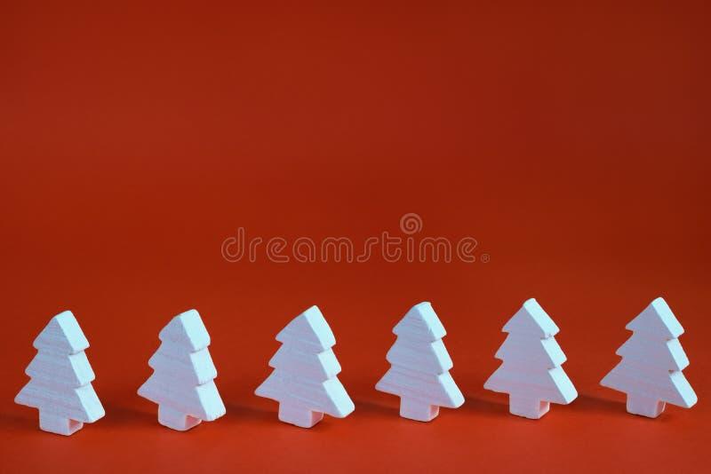 рождественские елки белые стоковое фото rf