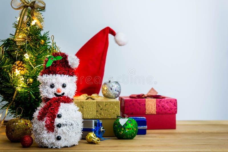 Download рождество веселое стоковое изображение. изображение насчитывающей состав - 81813989
