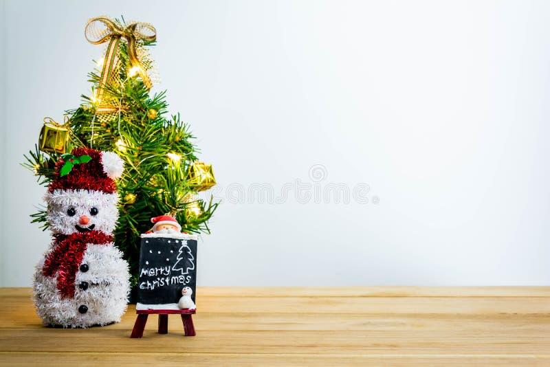 Download рождество веселое стоковое фото. изображение насчитывающей высоко - 81814012