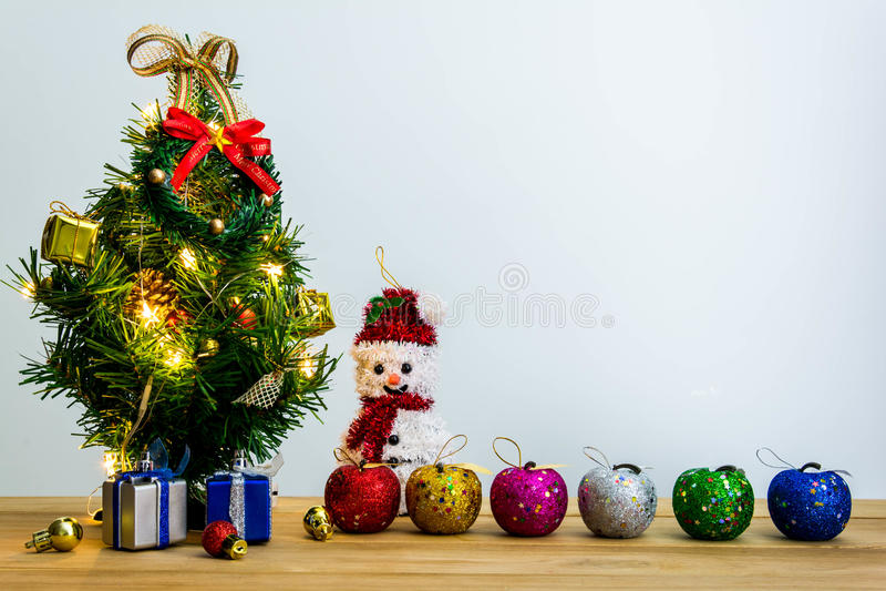 Download рождество веселое стоковое фото. изображение насчитывающей праздник - 81814068