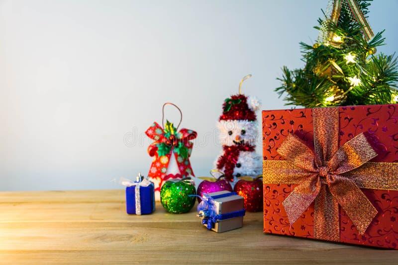 Download рождество веселое стоковое изображение. изображение насчитывающей состав - 81814583