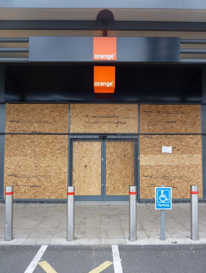 розничные магазины здорового парка повреждения к tottenham стоковое изображение rf