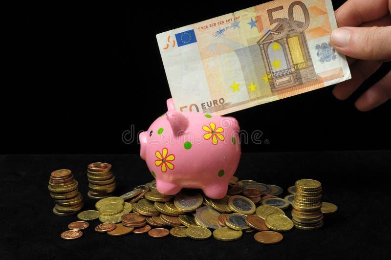 Download Розовая копилка свиньи стоковое изображение. изображение насчитывающей финансы - 33734521