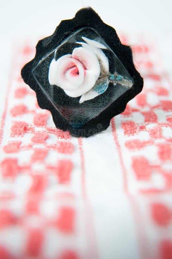 Розовая фибула стоковое изображение
