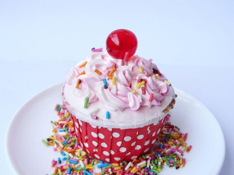 Розовое ванильное пирожное стоковое фото