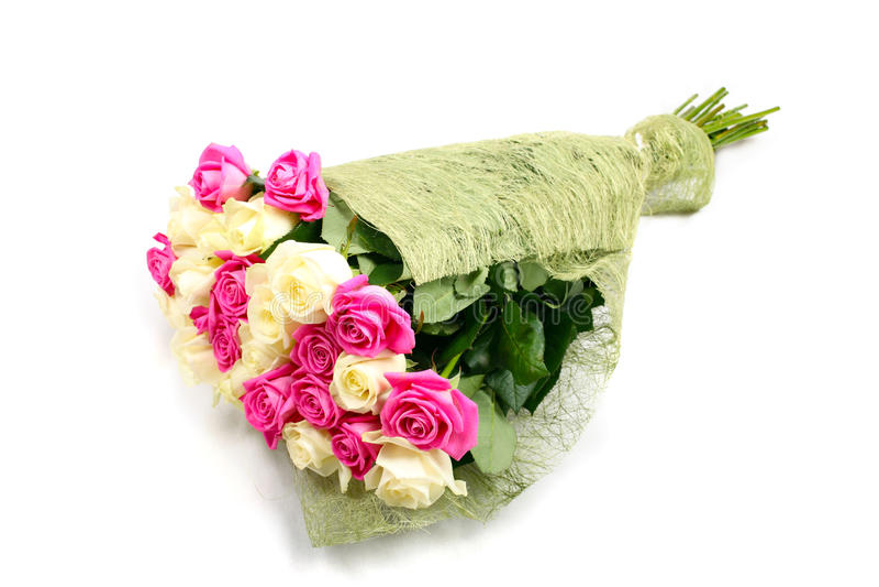 розы изолированные букетом стоковое изображение