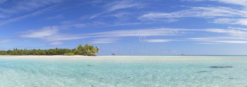 Розы соболей Les (розовые пески), Tetamanu, Fakarava, острова Tuamotu, Французская Полинезия стоковая фотография