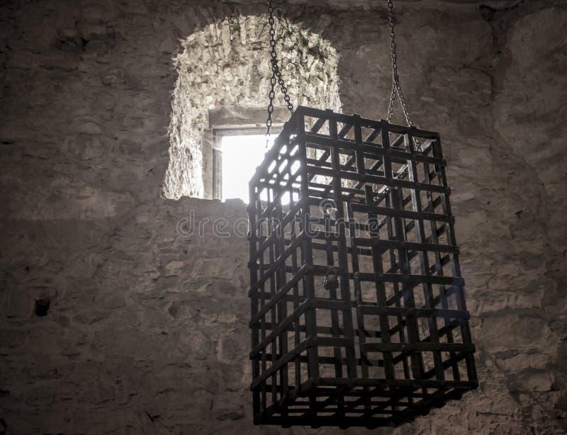 Рокируйте hrad Slova Spissky замка Zipser камеры пыток внутреннее стоковые изображения