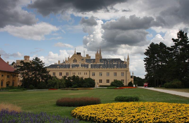 Рокируйте Lednice в чехии в Европе, heritag мира ЮНЕСКО стоковые изображения rf