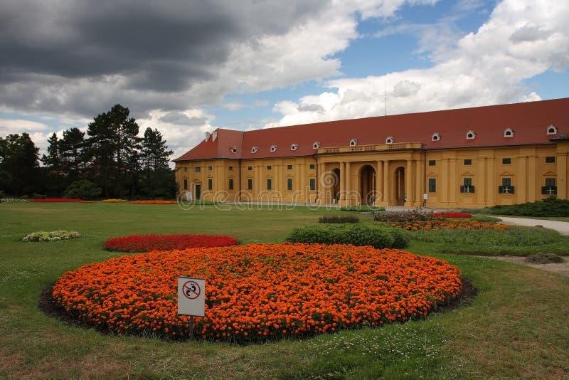 Рокируйте Lednice с садами в чехии в Европе, ЮНЕСКО стоковые фото