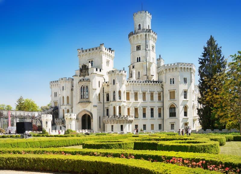 Романтичная привлекательность сказки ориентира Hluboka замка стоковая фотография rf