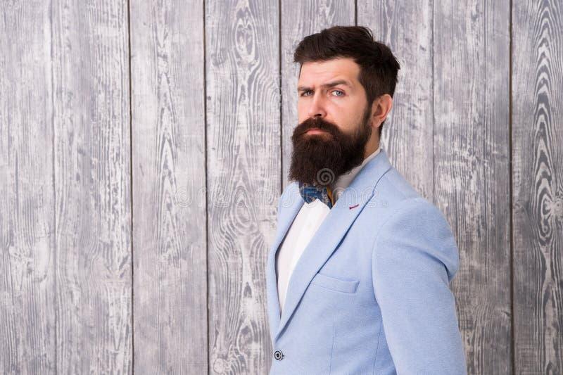 Романтичное обмундирование свадьбы Парикмахер стиля джентльмена Концепция парикмахерской Борода и усик Гай хорошо выхолил красиво стоковое изображение