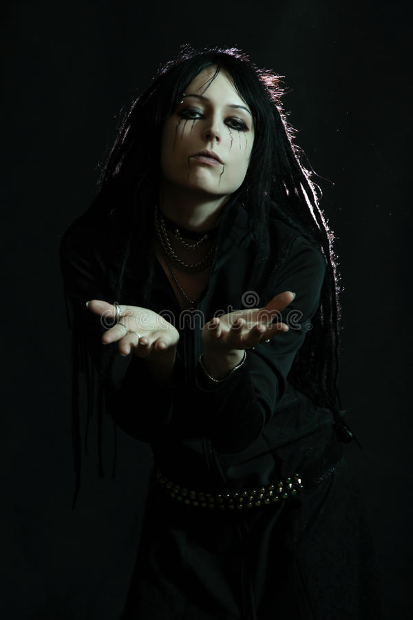 Романтичное goth маленькой девочки стоковые фото