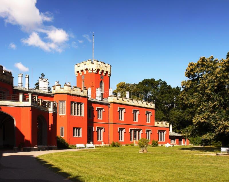 Романтичный замок, замок сказки стоковое изображение rf