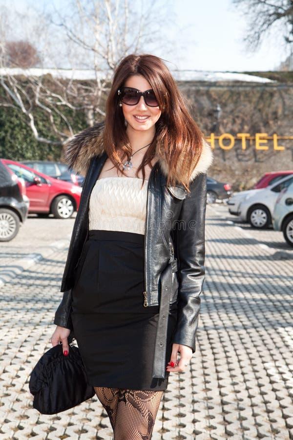 роскошная женщина солнечных очков стоковая фотография rf