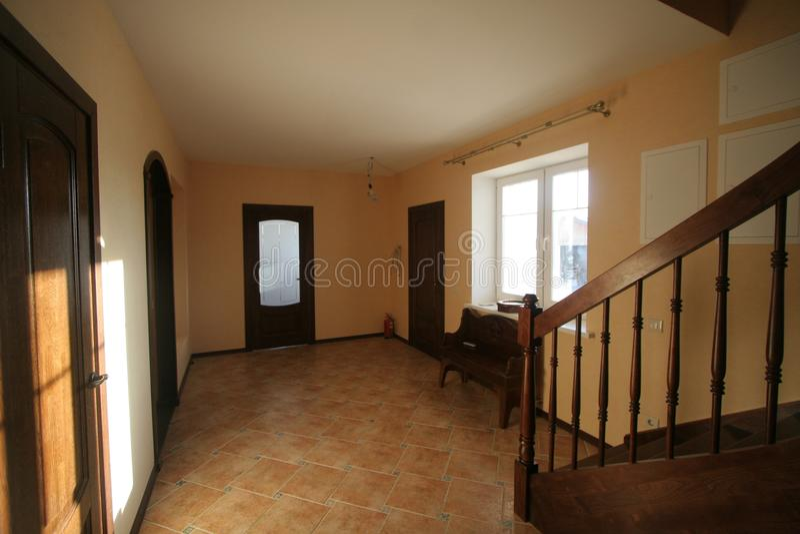Роскошная живущая комната, красивый вход стоковые фотографии rf