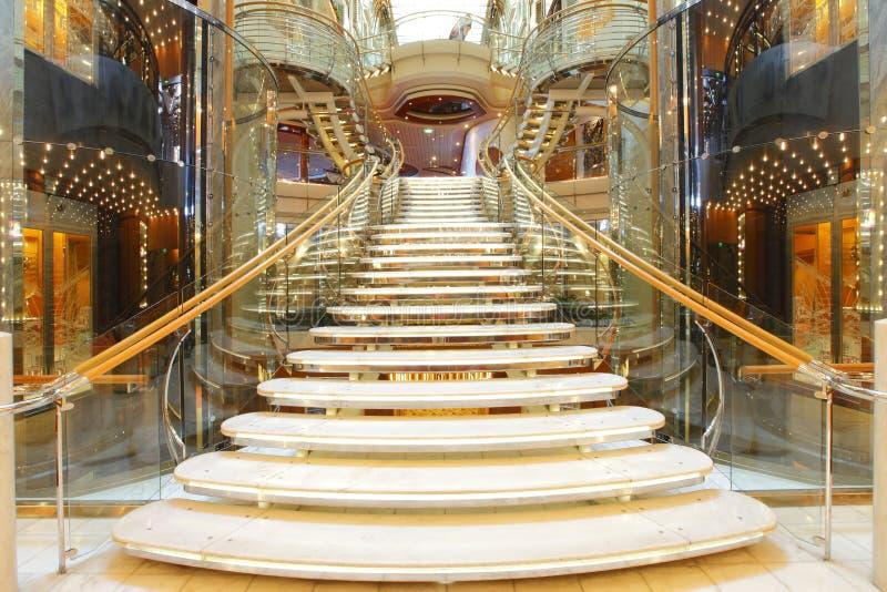 Роскошная лестница стоковые изображения rf