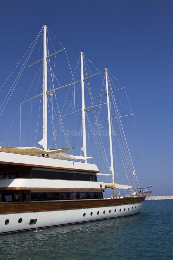 Роскошная яхта sailing стоковое изображение rf