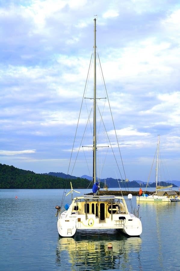 Роскошное Yatch в острове Langkawi Редакционное Стоковое Фото
