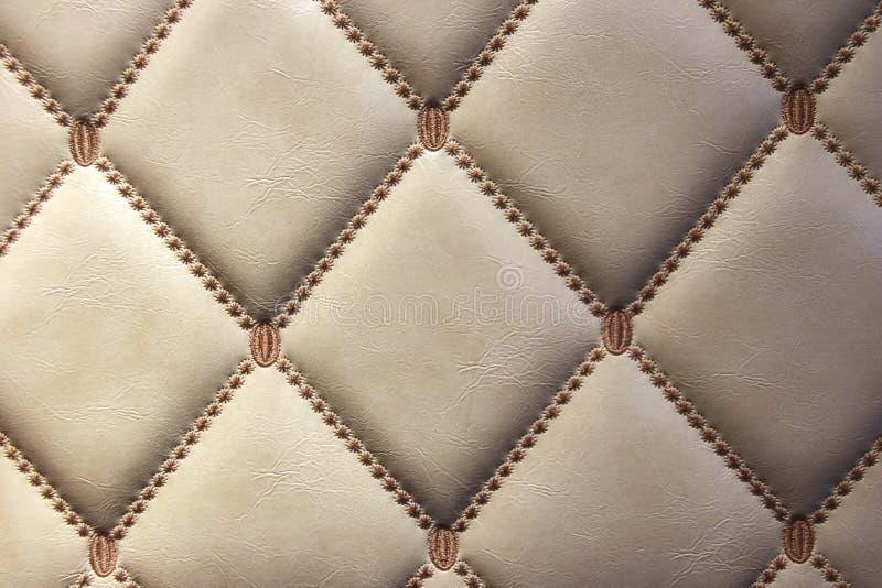 Роскошные золотые кожаные стены стоковые фотографии rf