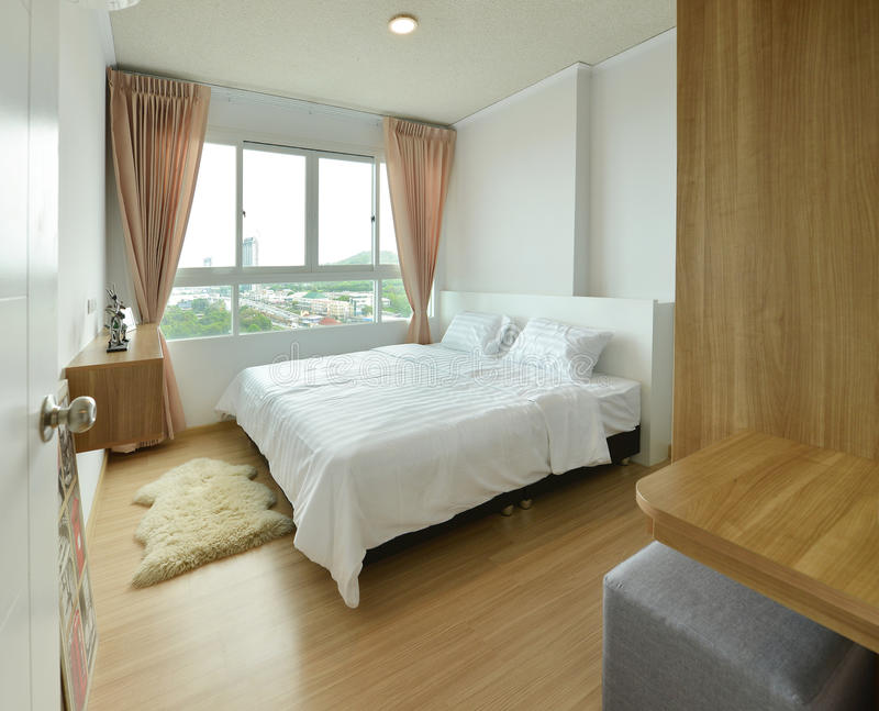 Роскошные современные интерьер спальни и украшение, дизайн интерьера стоковая фотография rf