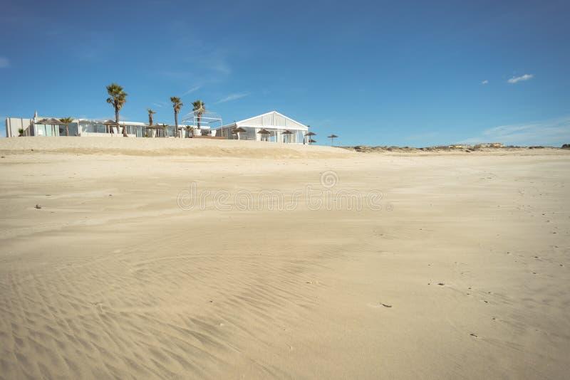 Роскошный Лаунж-бар в пляже Azurara стоковое изображение